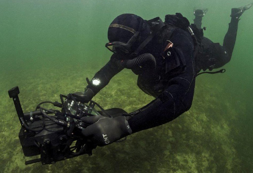 Diver Held System Photos